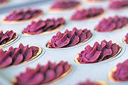 御菓子御殿の紅いもタルト製造ライン