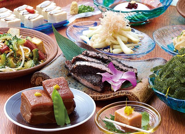 おばぁの味を再現した沖縄料理
