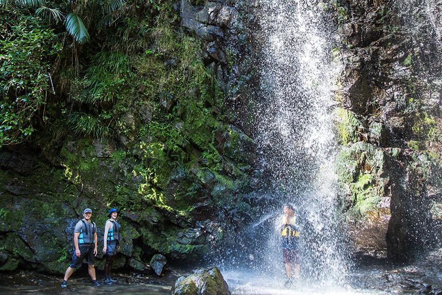 ダイナミックな落水と滝つぼが楽しめるター滝