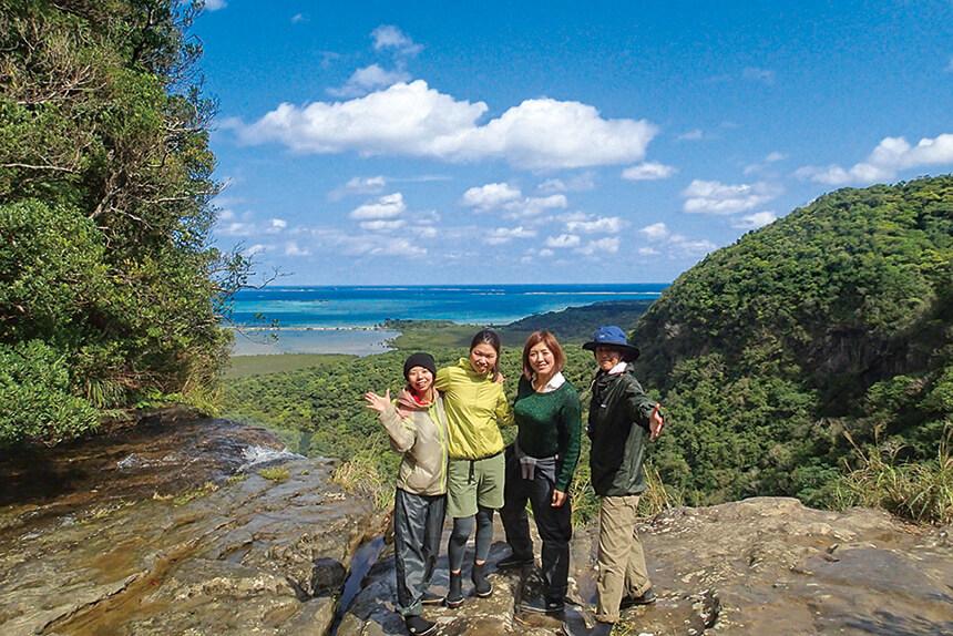 ピナイサーラの滝上は絶景スポット