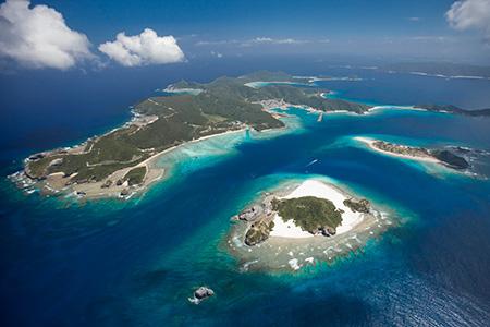 那覇から日帰りで行ける海の楽園・慶良間諸島を楽しむ
