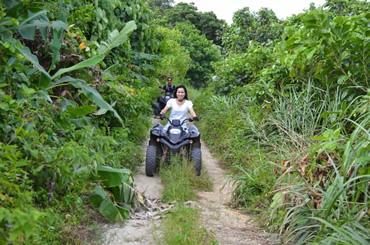 ジャングルを駆け抜ける