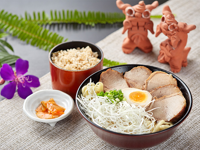 Enjoy our two most popular items in one meal with 「20 meals a day only, Thick slice pork of Agu pork Soba」, ¥1700.