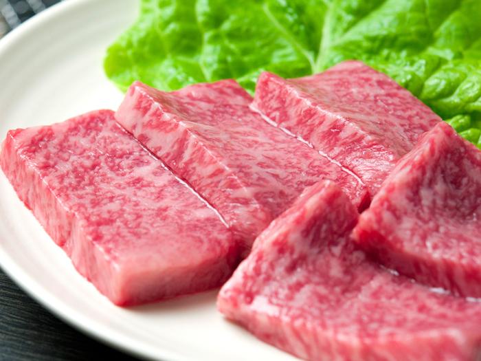 軽くつけダレで下味された肉を塩で食べるのがおすすめ
