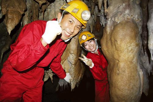 夏限定!「南の島の洞くつ探検」、開催期間は7月18日~9月30日。前日17時までに要予約。ツアー時間はHP参照。