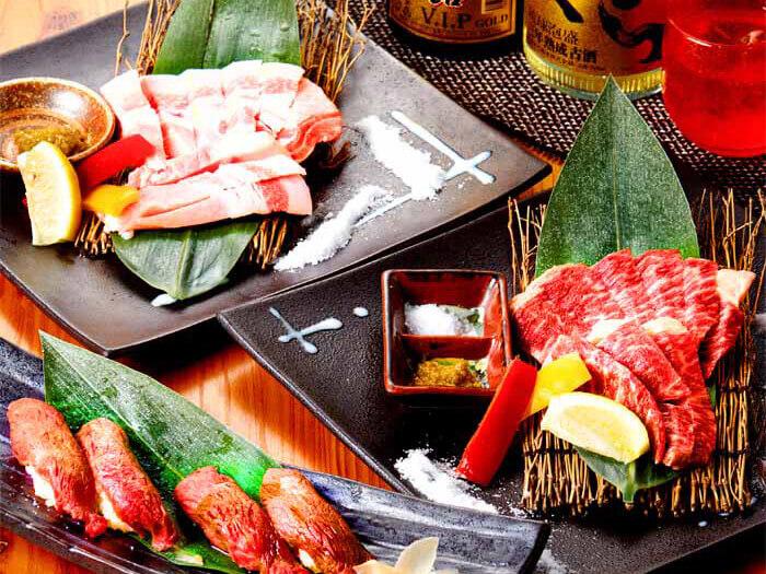 還有許多使用人氣的「石垣牛」和沖繩特有的品牌豬肉「阿古豬」等肉類料理也很豐富!