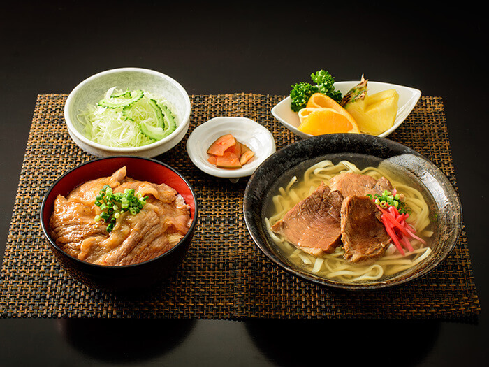 Enjoy our two most popular items in one meal with Agu pork premium meal, ¥2,380.