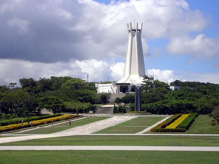 是沖繩戰終戰地的公園。