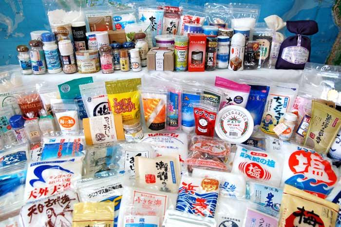 沖縄・日本のみならず、厳選した世界中の塩がそろってい