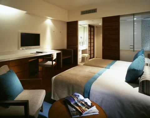 客室(プレミアムフロアツイン)  最上階プレミアムフロア宿泊者は各種専用サービスあり