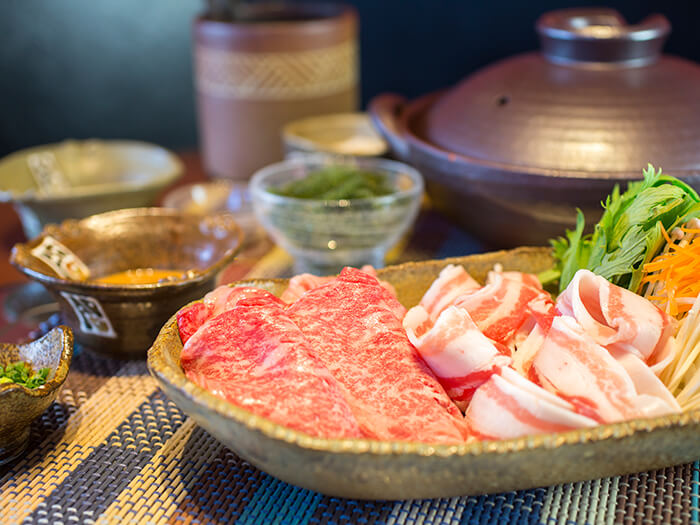 Shabushabu with Okinawan Wagyu beef sirloin. Savor the subtle sweetness of beef!