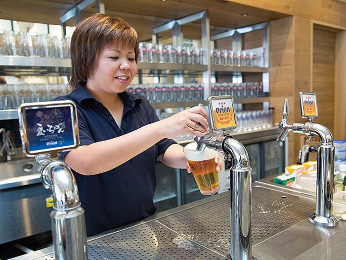 【オリオンビアホール】沖縄名産オリオンビールが楽しめる本格的ビアホール
