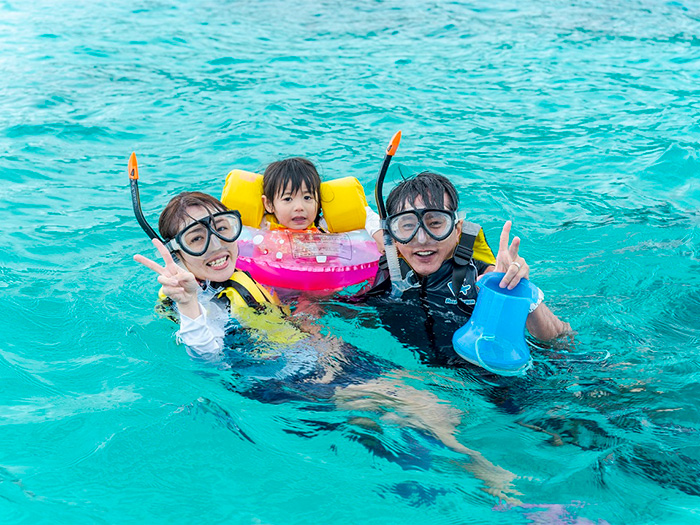 游泳期間為4-10月,但水上活動一年四季皆可體驗