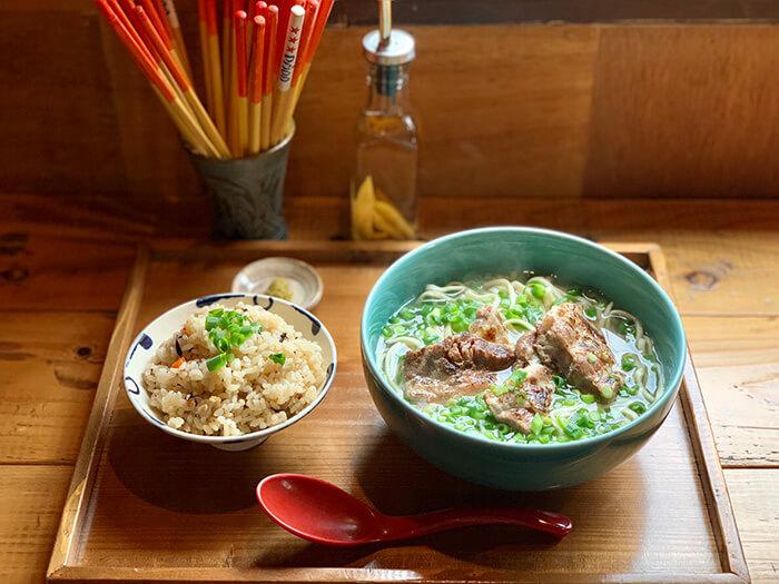 塩炙烤軟骨肉蕎麥麵 ¥900