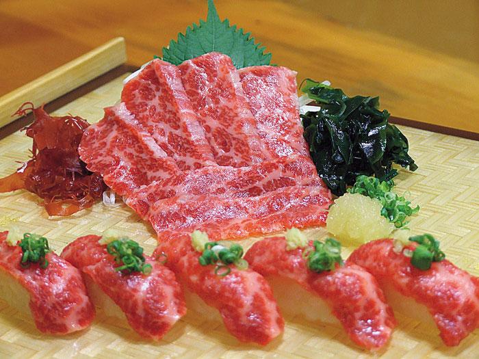 最推薦的是入口即化的熊本縣空運高級馬肉刺身
