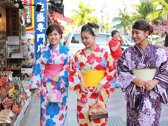 享受沖繩的逛街樂趣!