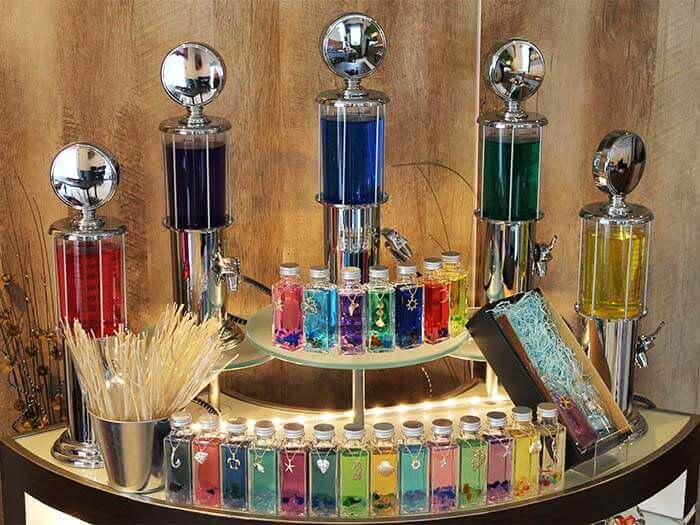 You can make your original perfume and fragrance items for interior decoration.