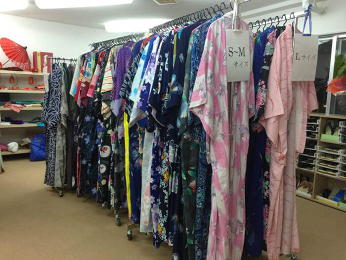 備有多款浴衣供您選擇。一定能找到您最中意的款式。
