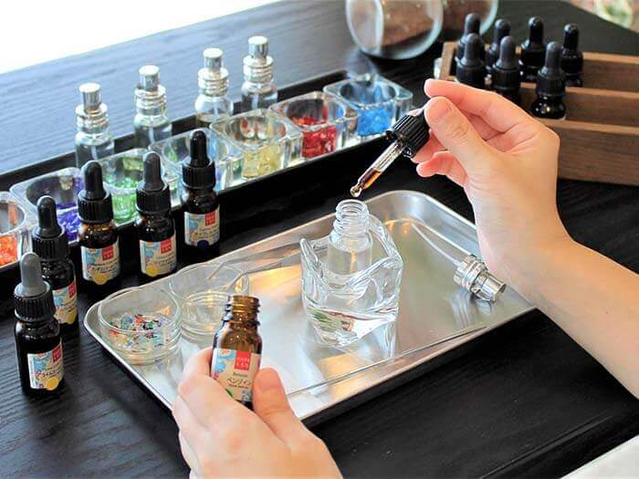 You blend those for yourself while receiving advice from the staff. You will feel like a perfumer.