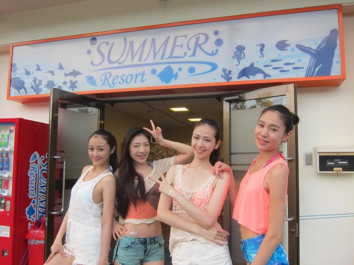 我們的潛水店位於日本屈指可數的名勝景區「恩納村」!