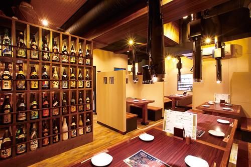 聚齊縣內47所製酒廠的泡盛酒。
