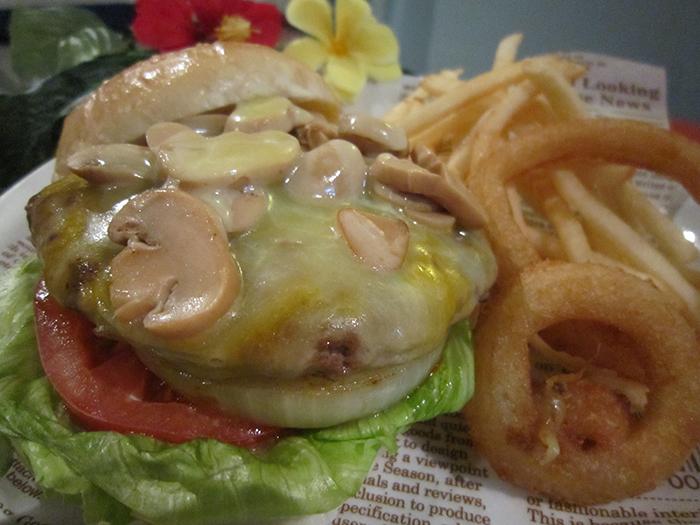 人氣店員排行榜第一名「蘑菇漢堡」
