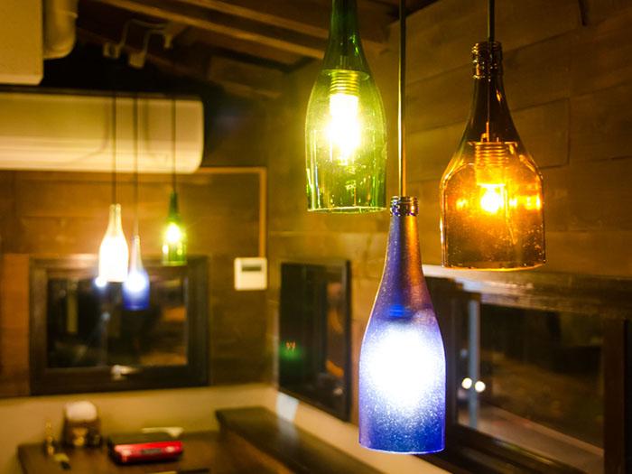 色彩繽紛的琉球玻璃照明燈