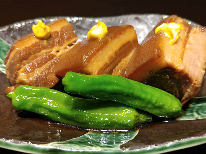 肉質厚實口感卻軟嫩的「沖繩東坡肉」