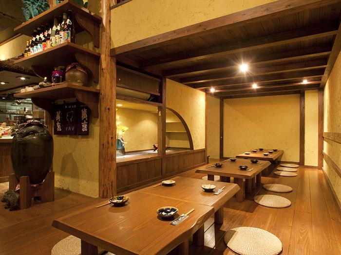 可以容納20位客人的日式座位