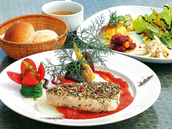 每天早晨由市場直送的美味鮮魚-「法式煎烤白肉魚」