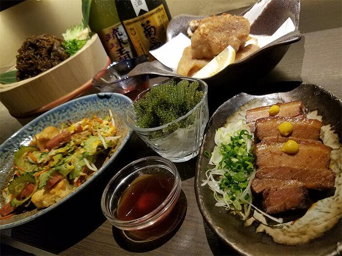 從必點菜色到獨家口味,各式沖繩料理應有盡有