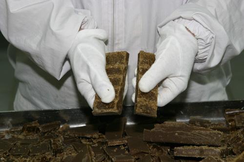 手工製作的黑糖切塊