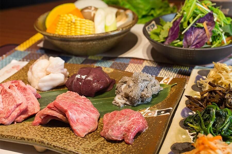 肉類料理專門店 GYUTON合戰 恩納御殿