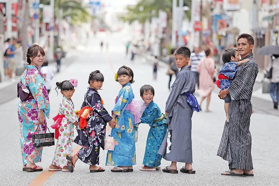 "Kimono rental and dressing shop ""Churasakura"""
