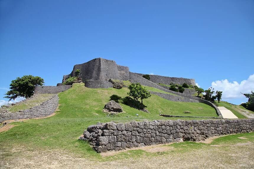 Katsurengusuku Castle