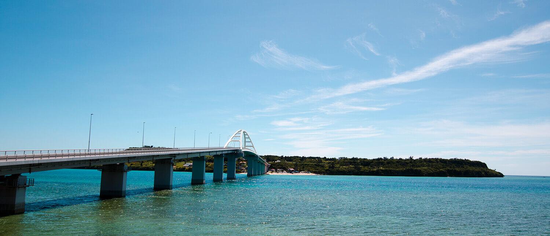 在充滿魅力的離島度過沖繩悠閒之旅。瀨底島的推薦景點8選!