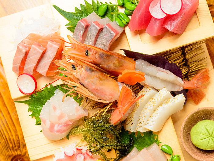 有8種新鮮的握壽司生魚片等您品嚐。