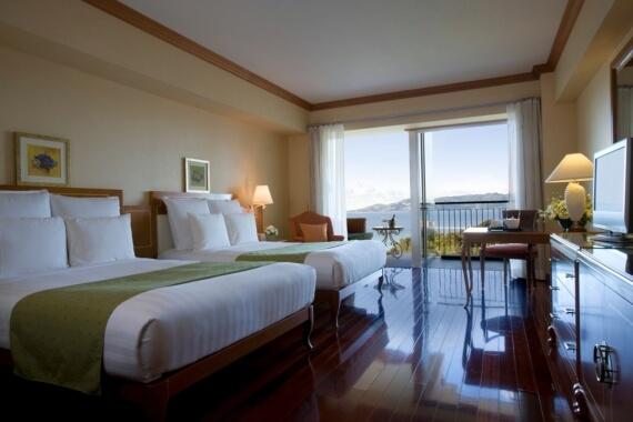 寬敞的室內附有可觀海的客廳,讓您飽覽奢侈美景。