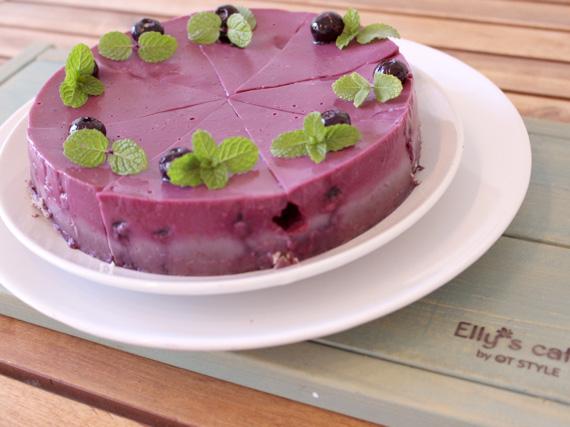 純素蛋糕!製做過程不使用奶油、蛋、乳製品,是健康又美味的季節限定蛋糕。還有其他多種純素糕點,隨時提供。