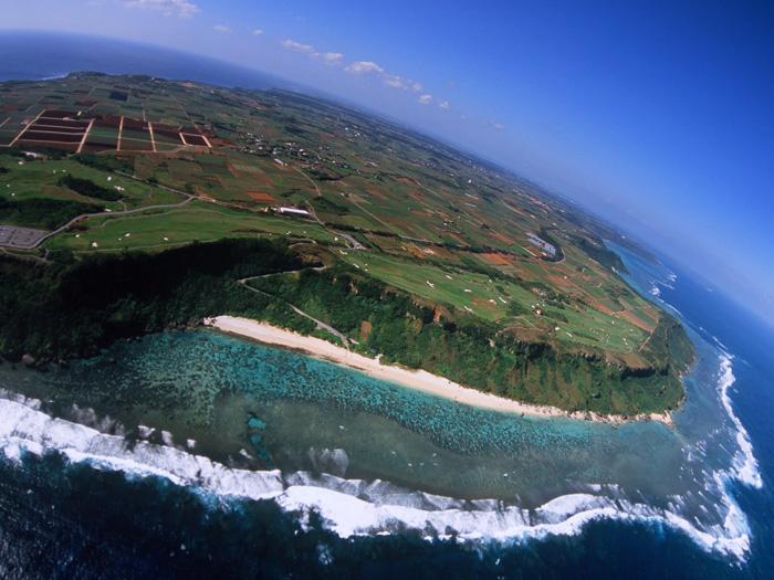 宮古島ならでの美しい海を感じながらゴルフプレイ