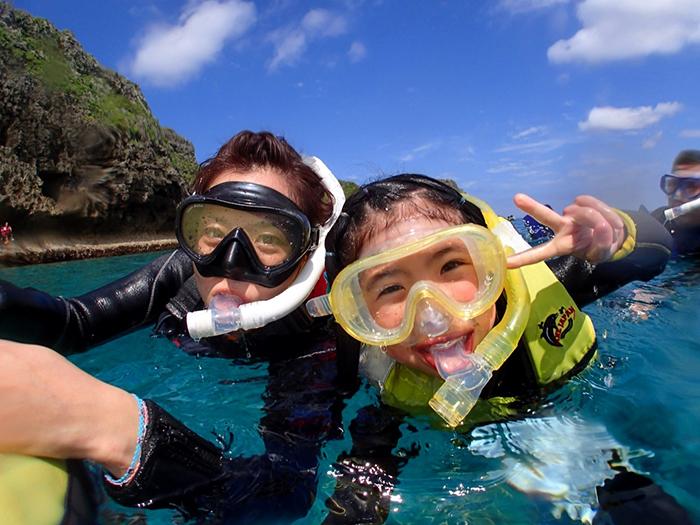 熱帯魚いっぱいのシュノーケリングは楽しい~!
