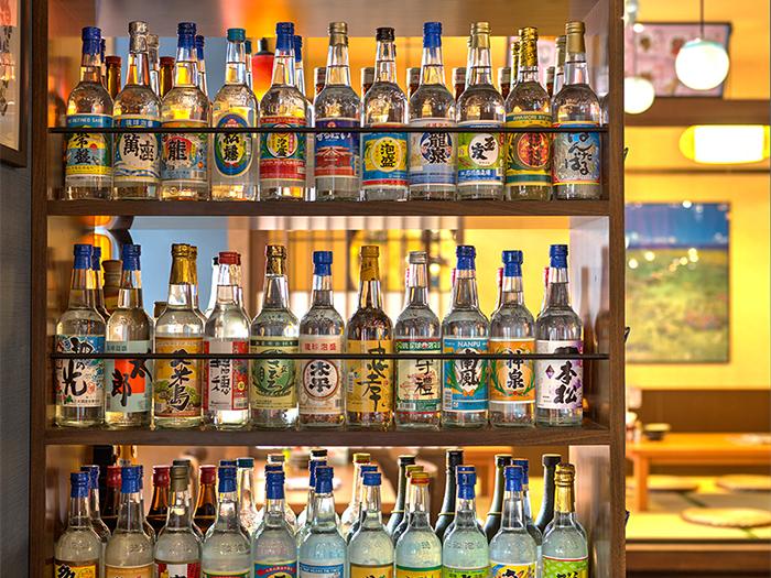 種類豊富な島酒「泡盛」