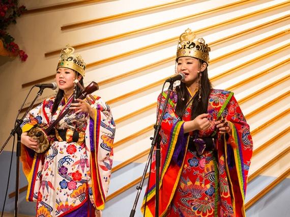 毎日開催の民謡ライブで沖縄の夜を満喫