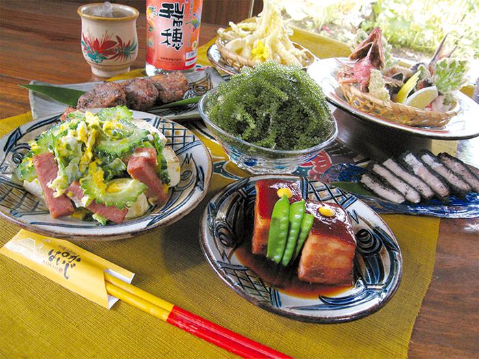 心をこめておいしい沖縄料理でおもてなし