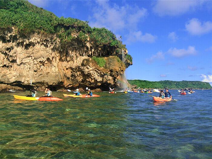 宮古島で大人気「ボラガーの鍾乳洞探検」に出かけよう!!