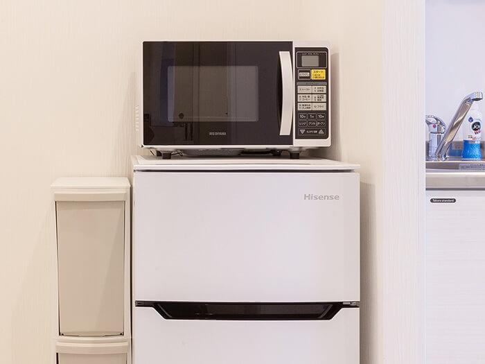 所有的房間都備有微波爐和冰箱