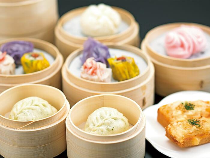 皮から手作りの「点心」が自慢の中国料理「舜天」では、広東や四川料理を中心に多彩なメニューをご用意